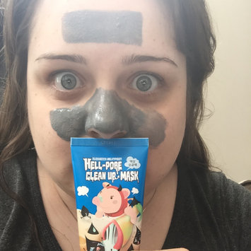 Photo of Elizavecca Hell-Pore Clean Up Mask uploaded by Elaine M.
