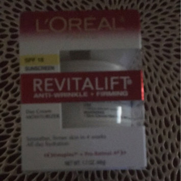 Photo of L'Oréal Paris RevitaLift Anti-Wrinkle + Firming Day Cream SPF 18 uploaded by Zara Z.