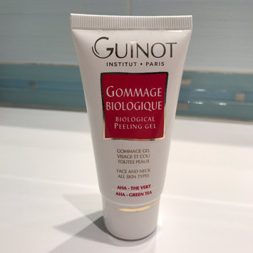 Photo of Guinot Gommage Biological Peeling Radiance Gel uploaded by Valeria O.