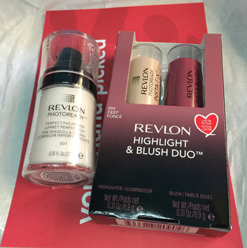Revlon PhotoReady Insta-Fix Highlighting Stick, 210 Gold Light, 0.24 oz uploaded by Eriel M.