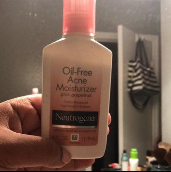 Neutrogena Oil-Free Acne Moisturizer uploaded by DaVondrea T.