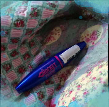 Photo of Maybelline Volum' Express® The Rocket® Waterproof Mascara uploaded by Catarina T.