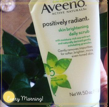 Aveeno Positively Radiant Skin Brightening Daily Scrub uploaded by Carmen E.