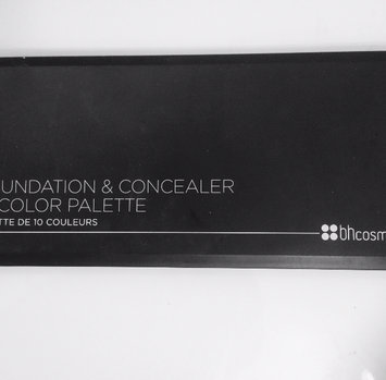 BH Cosmetics Foundation & Concealer Palette-Foundation & Concealer Palette uploaded by Nikita S.