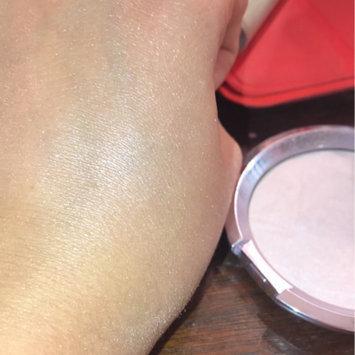 BECCA Shimmering Skin Perfector Pressed Prismatic Amethyst uploaded by Sydney C.