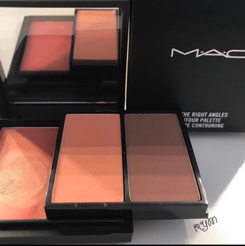 Photo of M.A.C Cosmetic All The Right Angles Contour Palette uploaded by Roz A.