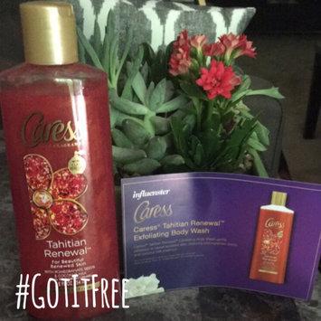 Photo of Caress® Tahitian Renewal™ Exfoliating Pomegranate Body Wash uploaded by Maureen M.