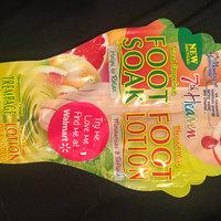 7th Heaven Juiced Grapefruit Foot Soak & Pressed Mint Foot Lotion uploaded by Charlotte S.