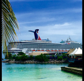 Carnival Cruise Line uploaded by Cortney A.