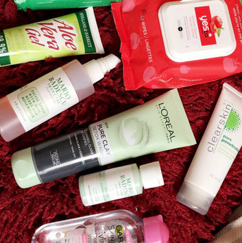 Photo of Yes To Cucumbers Shooting Hypoallergenic Facial Wipes uploaded by claris B.