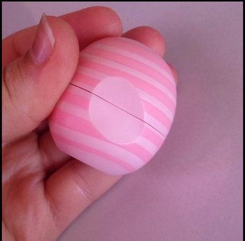 eos® Visibly Soft Lip Balm uploaded by Leen H.