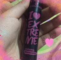 essence I extreme volume mascara 01 uploaded by Abby D.