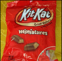 Kit Kat Milk Chocolate Miniatures Valentine's Candy, 10 oz uploaded by Sofía S.