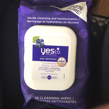 Photo of Yes To Blueberries Cleansing Facial Wipes uploaded by Heaven B.