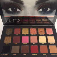 Huda Beauty Textured Eyeshadows Palette Rose Gold Edition uploaded by Aarthi R.