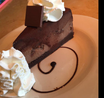 Photo of Cheesecake Factory Cheesecakes  uploaded by Melissa C.