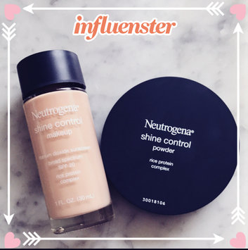 Photo of Neutrogena® Shine Control Liquid Makeup SPF 20 uploaded by Jana S.
