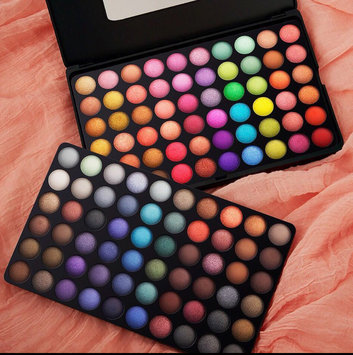 BH Cosmetics 88 Matte Eyeshadow Palette uploaded by Gisele S.