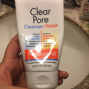 Photo of Neutrogena® Clear Pore Cleanser/Mask uploaded by 🥑