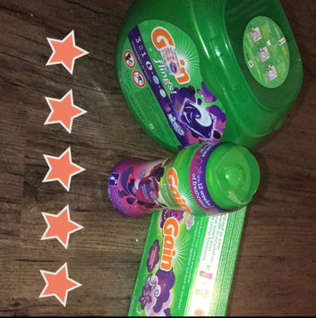 Gain Flings! Moonlight Breeze Laundry Detergent Pacs uploaded by Sara-Catherine F.