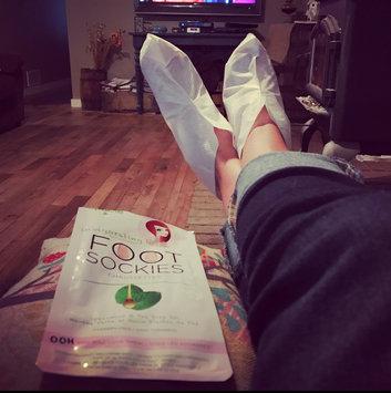 Photo of SpaLife Invigorating Sockies Foot Masks-2 pair Box uploaded by Christi H.