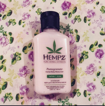 Hempz Pomegranate Herbal Moisturizer uploaded by Andrea C.