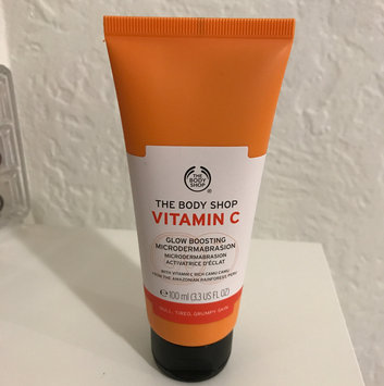 Photo of The Body Shop Vitamin C Glow Boosting Microdermabrasion uploaded by Andrea R.