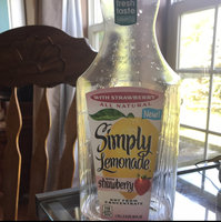 Simply Lemonade® with Strawberry Juice uploaded by Marly H.