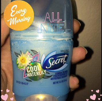 Fresh Exspressions Secret Fresh Antiperspirant and Deodorant Invisible Solid, Cool Waterlily, 0.5 Oz. uploaded by Melissa S.