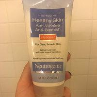 Neutrogena® Healthy Skin Anti-Wrinkle Anti-Blemish Cleanser uploaded by Vitória V.