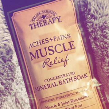 Photo of Village Naturals Therapy Aches+Pains Muscle Relief Foaming Bath Soak with Epsom Salt, 36 oz uploaded by Angela Y.