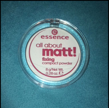 Photo of Essence All About Matt! Fixing Compact Powder uploaded by Nadja N.