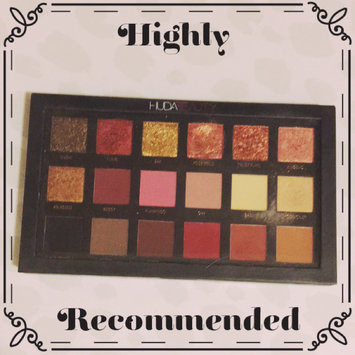 Huda Beauty Textured Eyeshadows Palette Rose Gold Edition uploaded by Amie W.