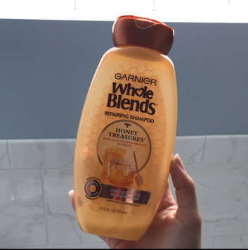 Garnier® Whole Blends™ Honey Treasures Repairing Shampoo uploaded by Caterina P.