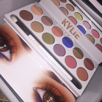 Kylie Cosmetics The Bronze Palette Kyshadow uploaded by Marina F.