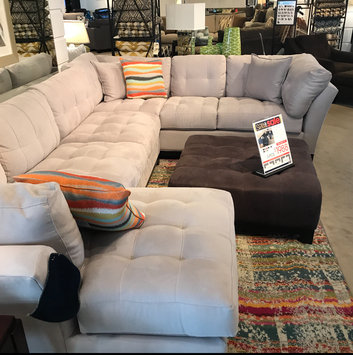 Honest thoughts on this Cindy Crawford Metropolis sectional Sofa from Rooms To Go. Is it a good buy or a miss? Rooms To Go : cindy crawford metropolis sectional - Sectionals, Sofas & Couches