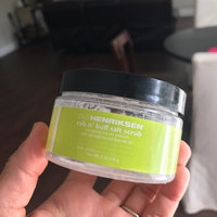 OLEHENRIKSEN Rub N' Buff™ Transforming Salt Scrub uploaded by Suzette G.