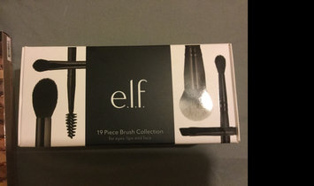 Photo of e.l.f. Crease Brush uploaded by Michelle K.