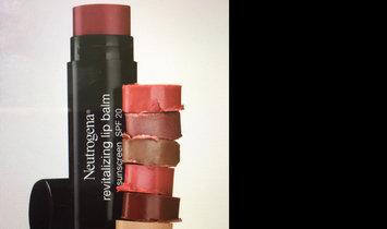 Neutrogena Revitalizing Lip Balm SPF 20 uploaded by Pooja K.