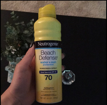 Photo of Neutrogena® Beach Defense® Water + Sun Protection Sunscreen Spray Broad Spectrum SPF 70 uploaded by Késia F.