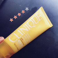 Clinique Broad Spectrum SPF 30 Sunscreen Oil-Free Face Cream uploaded by Kimberly F.
