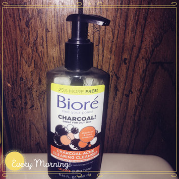 Photo of Bioré Charcoal Acne Clearing Cleanser uploaded by Crystal F.