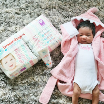 Photo of The Honest Co. NB Baby Diapers uploaded by Angela M.