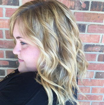 Batiste Dry Shampoo Hint of Color uploaded by Grace F.