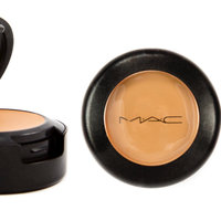 MAC Studio Finish SPF 35 Concealer - NW40 uploaded by Genesis R.