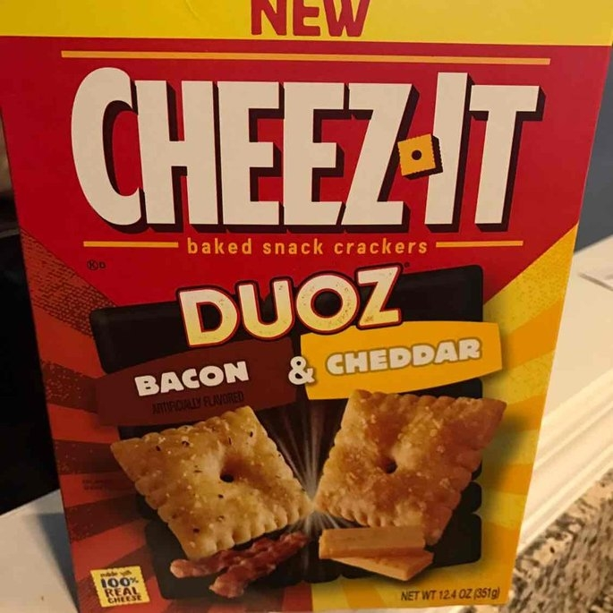 Cheez-It Duoz® Bacon & Cheddar Baked Snack Crackers 12.4 oz. Box uploaded by Ashley S.