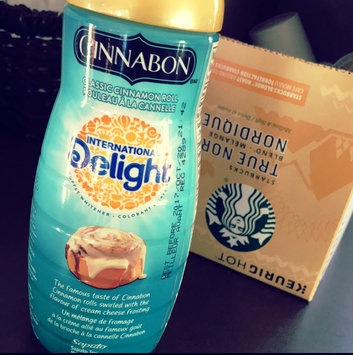 Photo of International Delight Cinnabon® Classic Cinnamon Roll Creamer uploaded by Andréanne K.