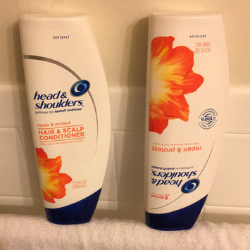 Head & Shoulders Shampoo & Conditioner uploaded by annabelle d.