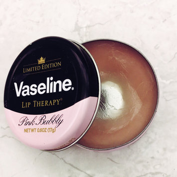 Photo of Vaseline Limited Edition Lip Therapy Pink Bubbly Tin uploaded by Ruth K.