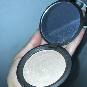 BECCA Shimmering Skin Perfector™ Poured Crème uploaded by Brenda